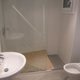bany nou amb plat de dutxa