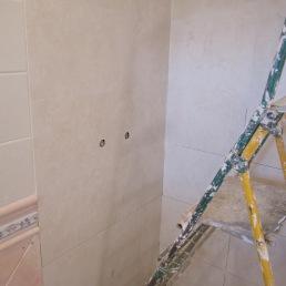 enrajolant parets dutxa