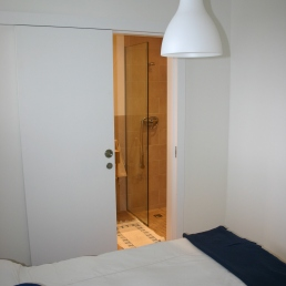 Puerta corredera baño
