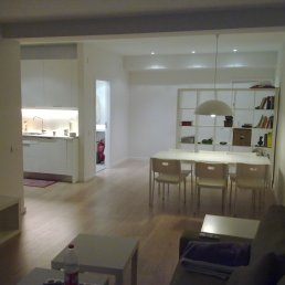 espai amb mobles