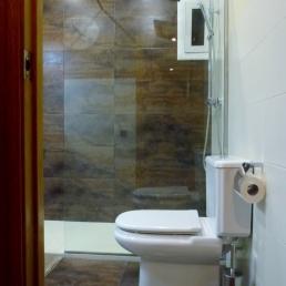 terra i paret rajoles combinades color òxid-marró