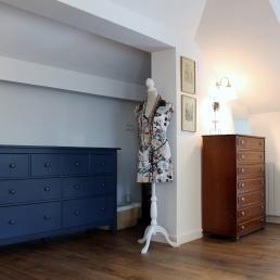 racó de l'habitació decorat amb molt bon gust.